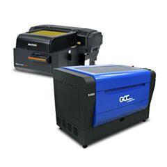Print en Cut pakket GCC co2 laser en Mutoh UV printer ideaal voor het printen en snijden van hout, acrylaat en karton.